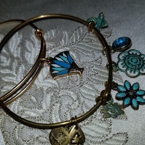 Lily blossoms Alex and ani